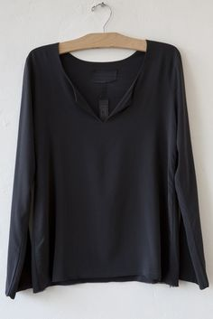 private anthracite blouse