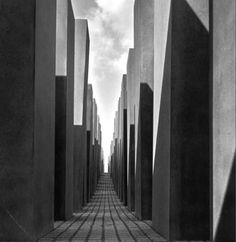 Eisenman, Peter David: Holocaust Memorial, Berlin, Germany