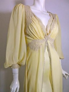 Moonglow Silk Lace Trimmed 1940s Peignoir Set