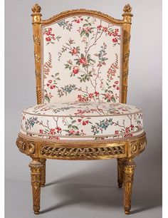 Chair, François-Toussaint Foliot, circa 1780. National Museum of Versailles and Trianon. A cheerful floral chair created for the garden gazebo at Petit Trianon, Versailles's smaller neighbor.
