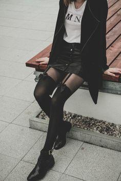 Stylové černé dámské punčocháče s mašličkami. #vintage