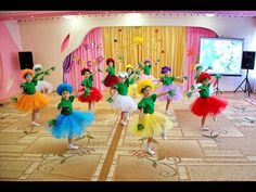 "Танец ""Весенняя полянка"". Детский сад №1 ""Веселая Карусель"". - YouTube Flower Dance, Dance Lessons, Baby Album, Circle Time, Happy Baby, Nursery Rhymes, Activities, Make It Yourself, Kindergarten"