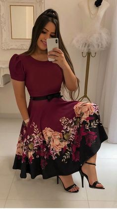 Simple Summer to Spring Outfits to Try in 2019 – Prettyinso Trend Fashion, Fall Fashion Outfits, Modest Fashion, Cute Dresses, Vintage Dresses, Girls Dresses, Mode Hijab, African Fashion Dresses, Classy Outfits