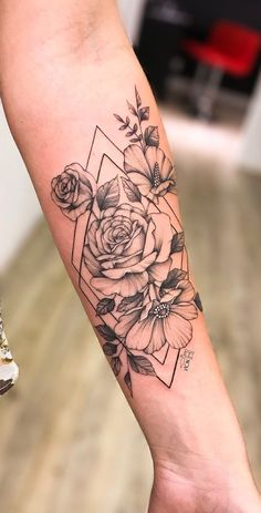Fantastic cute tattoos are readily available on our internet site. Check it out and you will not be sorry you did. Forarm Tattoos, Rose Tattoos, Sexy Tattoos, Female Tattoos, Body Art Tattoos, Tattoos For Guys, Tatoos, Ribbon Tattoos, Tattoo Son