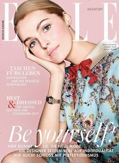 Valentina Zelyaeva shines on the August 2017 cover of ELLE Germany. Photographed by Joshua Jordan, the blonde wears an embroidered Gucci dress with a red bow at… V Magazine, Fashion Magazine Cover, Fashion Cover, Beauty Magazine, Red Fashion, Red Carpet Fashion, Magazine Design, High Fashion, Winter Fashion