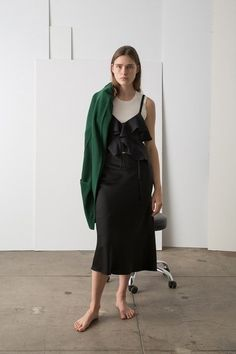 View the full A.L.C. Pre-Fall 2017 collection.