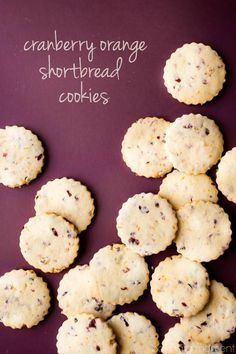 Cranberry Orange Shortbread Cookies: I couldn't get over all the amazing, wintry flavor these had! Perfect for Thanksgiving or Christmas. #food #desserts #cookies