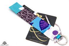 Schlüsselanhänger hellblau und violett aus der #Lieblingsmanufaktur