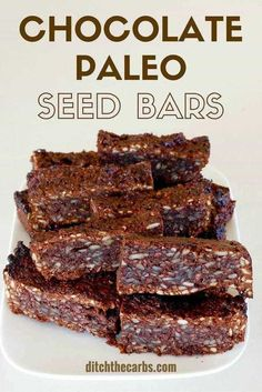 Sugar free chocolate paleo seed bars, 2g net carbs - an awesome healthy snack and perfect for school lunches. | ditchthecarbs.com via @ditchthecarbs