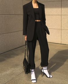 Look Fashion, 90s Fashion, Korean Fashion, Fashion Outfits, Fashion Design, Cool Outfits, Casual Outfits, Looks Black, Looks Vintage