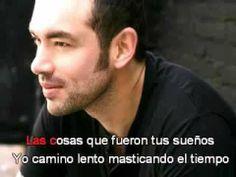 Desde lejos Santiago Cruz (Letra)