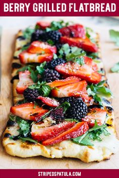 sponsored This Grilled Flatbread Recipe, topped with juicy summer berries, creamy Fontina cheese, and peppery arugula is the perfect summer entertaining recipe. Easy to make and a gorgeous presentation! Grilled Flatbread Pizza, Flatbread Pizza Recipes, Grilled Pizza Recipes, Naan Pizza, Crust Pizza, Pizza Pizza, Fruit Recipes, Appetizer Recipes, Dinner Recipes