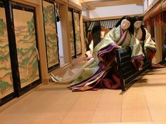 Ladies at the Heian court. I can't imagine walking around with such long hair and heavy robes.