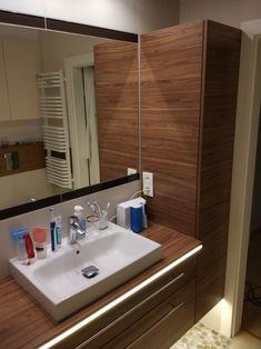 Meble łazienkowe z podświetleniem