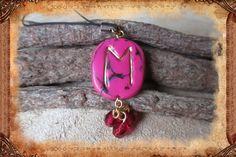 """Porte-clé runique porte-bonheur """"Eh"""", de couleur rose : Porte clés par freyja-s-faeries"""