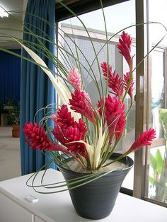 Ikebana exhibition by j9, via Flickr