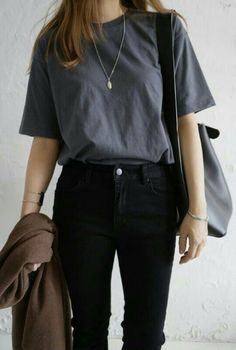41 Ideas For Fashion Minimalist Wardrobe Capsule 41 Ideas For Fashion Minimalist Wardrobe Capsule <br> Casual School Outfits, Summer Fashion Outfits, Cute Casual Outfits, Simple Outfits, Casual Jeans, Fashion Spring, Korean Outfits School, Korean Casual Outfits, Boyish Outfits