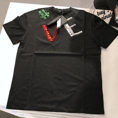 Versace 330€  Все женские кофты на нашей странице тут ➡️ #ЖенскиеКофтыBuyOriginal  Вся продукция этой марки на нашей странице тут ➡️ #VersaceBuyOriginal ☎️+393450327567 WhatsApp/Viber •••••••••••••••••••••••••••••••••••••••••••••• #худи #свитшот #рубашка #толстовки #регланы #кофта #кофты #мужскаяодежда #buyer #personalshopper #shopper #шоппинг #шоппер #баер #байер #dropshipping #персональныйшоппер #одежда #футболки #рубашки #футболка #майки #маички #дропшиппинг #дропшип #dropship…