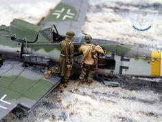 1:72 battle damage diorama.
