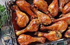 Muslos de pollo caramelizados, sorprendente maridaje de sabores que logran un pollo extra jugoso. La receta y los ingredientes son fácilísimos.