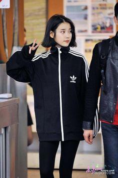 ღ Usagi Jieun ღ Kpop Fashion, Korean Fashion, Fashion Beauty, Fashion Outfits, Womens Fashion, Airport Fashion, Iu Hair, Korean Celebrities, Kpop Outfits