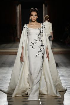 Elegant Off White Gown with a Touch of Black and a Matching Long Cape - Fall Winter 2015/16 | Tony Ward