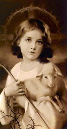 The good shepherd.Jesus as a child.notice, the halo around His head.humbling and breathtaking image! Religious Pictures, Jesus Pictures, Catholic Art, Religious Art, Roman Catholic, Madonna, Image Jesus, Jesus Face, The Good Shepherd