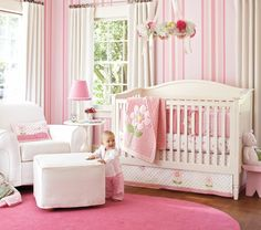 Unique kinderzimmer gestalten babyzimmer f r kleines baby m dchen rosa zimmer mit gro em fenster decke bett baby