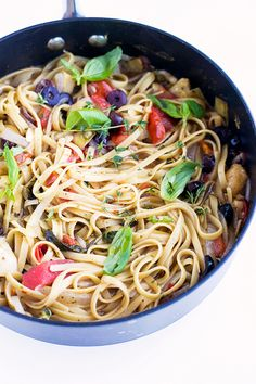 Pasta is a no-brainer place to start when looking for a kid friendly vegan dinner recipe. This Vegan One Pot Pasta gets tons of flavor from capers, olives and artichoke hearts—who needs cheese with all that! | Crazy Vegan Kitchen