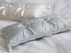 Ring pillow 3ボヌール - Vingt Quatre Vintage Wedding Invitations, Printable Wedding Invitations, Wedding Stationery, Ring Bearer Pillows, Ring Pillows, Wedding Props, Wedding Rings, Ring Pillow Wedding, Cinderella Wedding