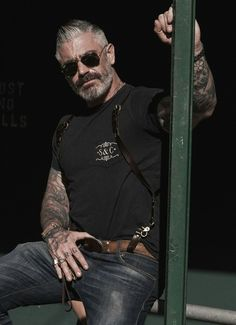 This finely crafted leather holster suspender with antique brass finish hardware is modeled after the classic holster. Pair this suspender with a button up or tee. Daniel Sheehan, Sexy Tattooed Men, Leather Suspenders, Rugged Men, Raining Men, Mature Men, Older Men, Well Dressed Men, Bearded Men