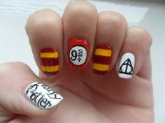 Harry Potter nail art!! This needs to happen!!!