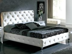 Dupen 621 Nelly Bed White - Dupen 621 Nelly Bed White platform bed will create a visual fantasy in your bedroom using traditional shapes in the modern interpretation. Available in two contrasting finishes, this bedroom set combines wood, leather and metal to lend a special and remarkable elegance. Also aviable in black.Leather headboard, PU leather platform.