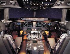 MD-11 Flight Deck