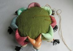"""Sew """"8 kitaychat cheerful"""" Pincushion     In China, the number """"8"""" is considered to bring good luck and prosperity, and it is the respect o..."""