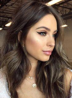 Pinterest: DEBORAHPRAHA ♥️ Defined eyeliner makeup look