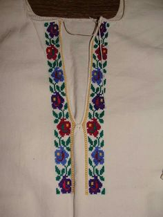 Cross Stitch Flowers, Hobbies And Crafts, Floral Tie, Projects To Try, Embroidery, Traditional, Crochet, Pattern, Handmade