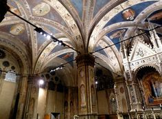 Orsanmichele Church and Museum - Florence. The Gothic Church of Orsanmichele - Ceiling.
