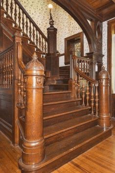 1895 Stone Mansion In Mount Arlington New Jersey – staircase Victorian Interiors, Victorian Homes, House Interiors, Grand Staircase, Staircase Design, Staircase Ideas, Foyers, Villa, Raised Panel Walls