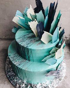"""1,267 Likes, 13 Comments - Торты на заказ, кондитерская (@kalabasa) on Instagram: """"#kalabasa_feathers_cake // Мы открыты ежедневно по адресу Набережная Академика Туполева, 15к26…"""""""