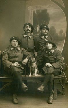 WW1. French Alpine soldiers and mascot war dog.