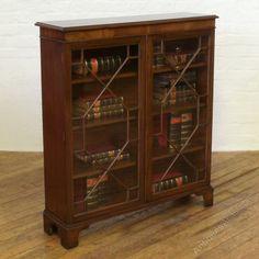 Edwardian Mahogany Bookcase - Antiques Atlas