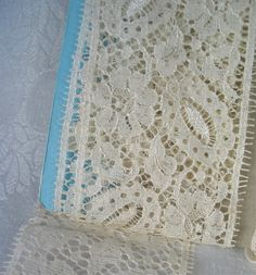 "Vintage Alencon Style Lace Trim in Ivory 1-3/4Yards x 3"" Wide"