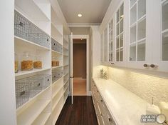 Walk In Pantry. Love the shelves on one side for all the food, and the cabinets/counter on the other side for extra dishes/appliances, etc. So pretty!