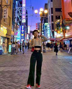 Korean Girl Fashion, Blackpink Fashion, Korean Street Fashion, Korea Fashion, Asian Fashion, Fashion Outfits, Urban Fashion Women, Aesthetic Fashion, Aesthetic Clothes