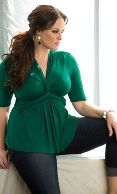 Cute Plus Size St Patricks Day look :)