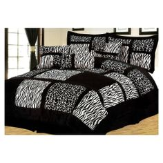 BRAND NEW @ Jungle City 7 Pieces Brown Zebra/Giraffe Patchwork Microfiber Bed In A Bag Comforter Set! Style: CS-405 Size: Queen Condition: Brand New Design: Zebra/Giraffe Patchwork Main Color: Black/White Material: Poly Microfiber' $77.99