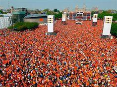 Koningsdag Concert live streaming http://www.myworldevents.com/parade/koninginnedag.html