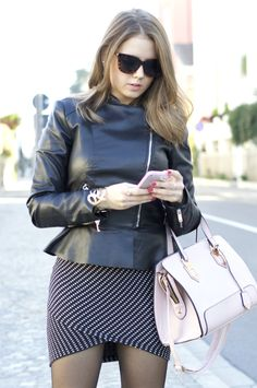 wearing a wrap skirt and leather jacket Click to see other photos: https://ellysafashion.wordpress.com/2015/11/12/wrap-skirt/ #fashionblogger #fashion #ootd #zara #pink #gray