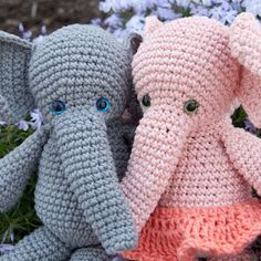 Adorable crochet pattern for amigurumi elephant dolls - by The Itsy Bitsy Spider